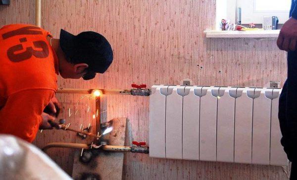 Замена батареи во время ремонта кухни