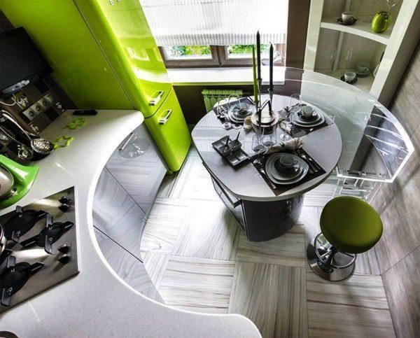 Бесподобный пример дизайна интерьера очень маленькой кухни в стиле хай-тек