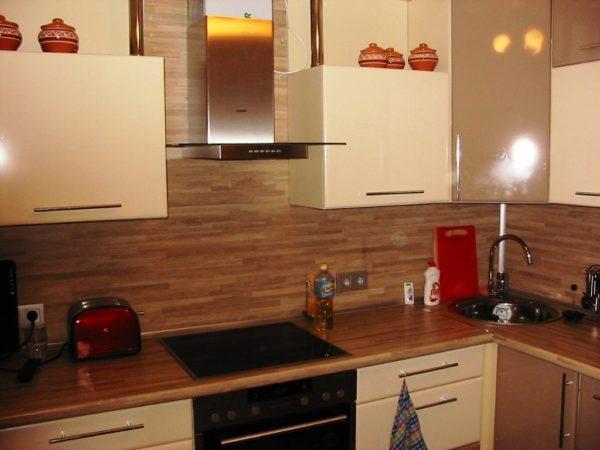 Фото интерьера кухни 6м кв. в стиле современник