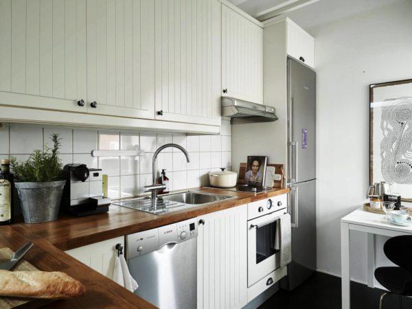 Главная деталь современного стиля - простота и удобство