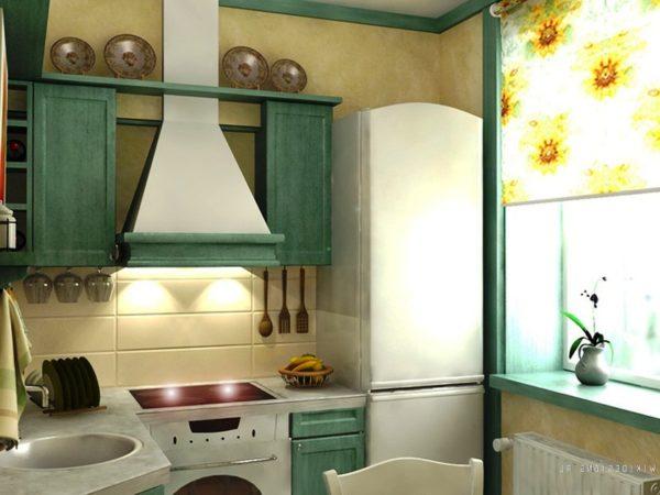 Для малогабаритной кухни во французском стиле прованс в городской квартире больше подойдут гладкие стены