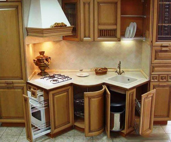 Нестандартная кухонная мебель придаст изюминку дизайну