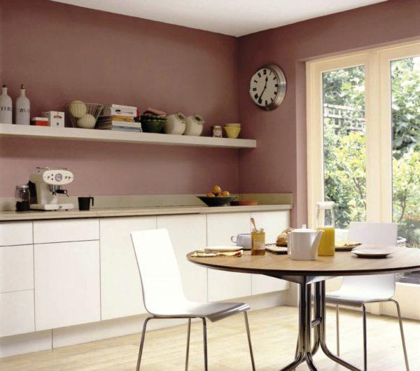 Вот в таком интересном и простом цвете можно сделать дизайн вашей небольшой кухни