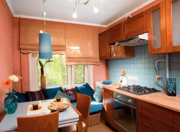 Маленькая кухня — пространство больших возможностей, дизайнерских в том числе