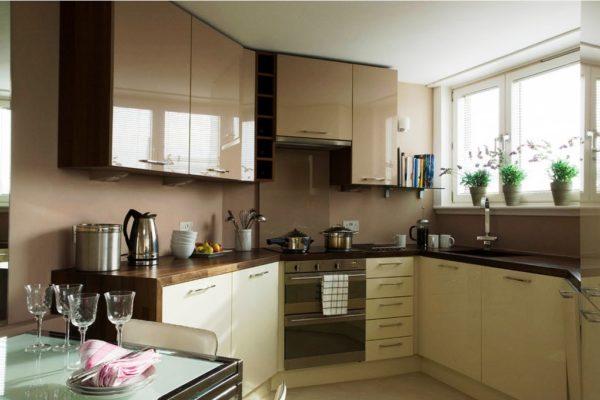 нестандартной маленькой кухни мебель нужно выбирать только на заказ