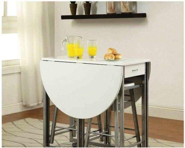 Купить раскладной стол, значит, обеспечить себя комфортом на малогабаритной кухне