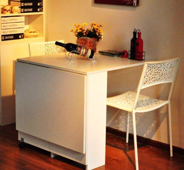 Стол-книжка выполняет 2 основные функции: первая и основная функция – обеденное место, вторая и второстепенная – хранения посуды и других кухонных мелочей