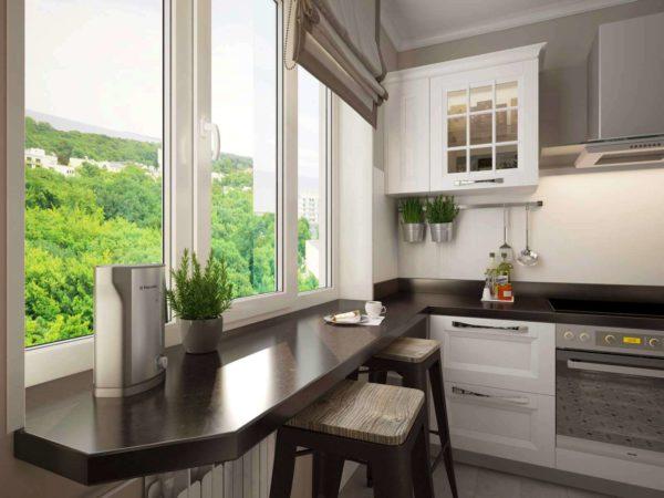 Стол-подоконник на маленькой кухне 4