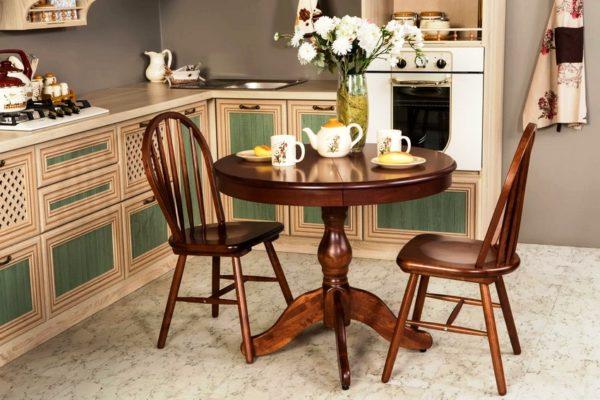 Столы из натурального массива - это, конечно же,долговечность, прочность и качество
