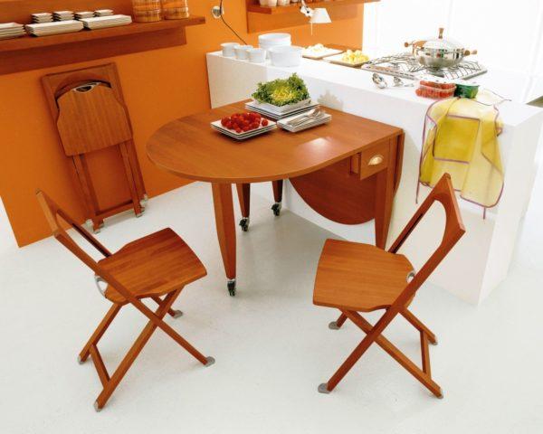 Складные стулья для маленькой кухни 1