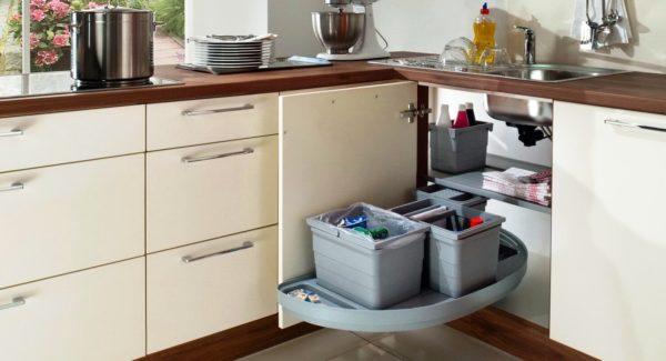 Выдвижная модульная мебель для маленькой кухни 3