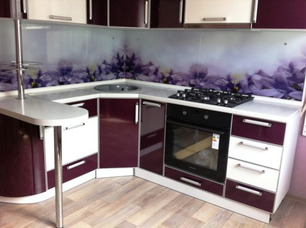 Дизайн кухни в хрущевке 10