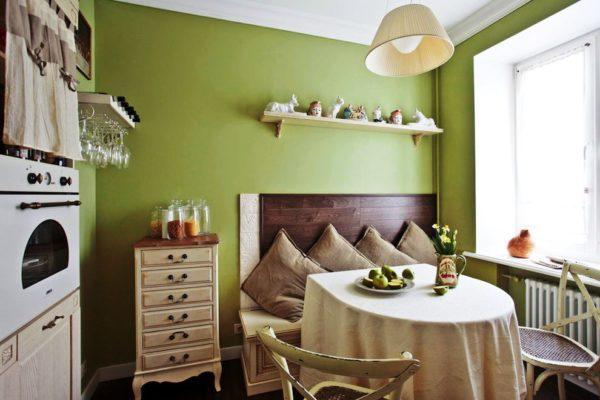 Декор стен на кухне 4