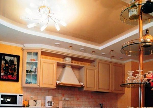 Декор потолка на кухне 4