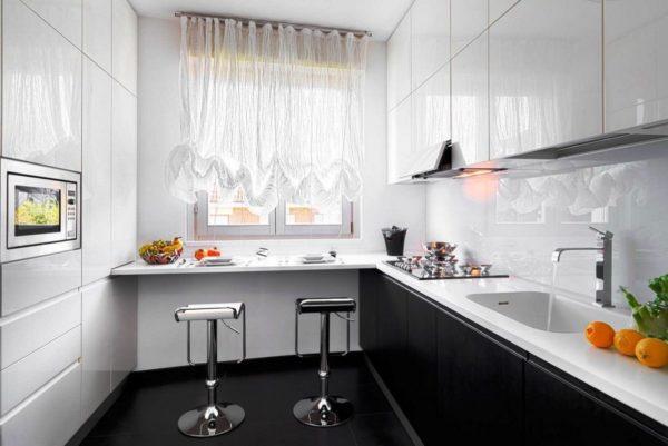 Правильное освещение маленькой кухни
