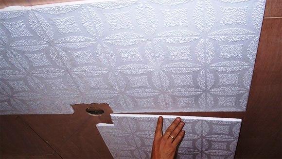Монтаж потолочной плитки на кухне