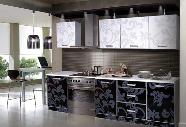 Черно-белые кухни – дизайн