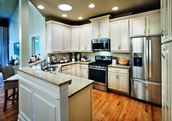 Дизайн угловой кухни с барной стойкой 3