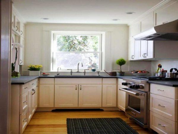 Угловая кухня 12-13 кв метров