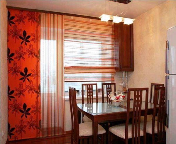 Японские шторы на кухне