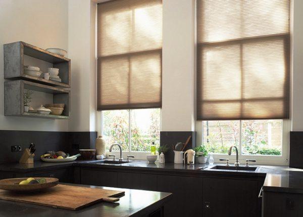 Как выбрать шторы на кухню 6
