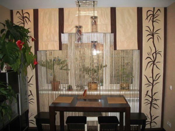 Японские шторы в интерьере кухни в восточном стиле