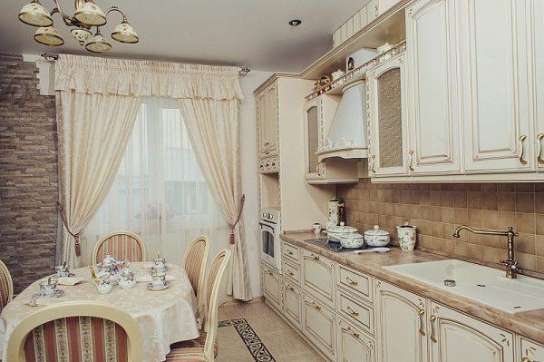 шторы на кухне в стиле прованс