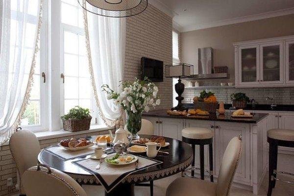 Интерьер столовой кухни