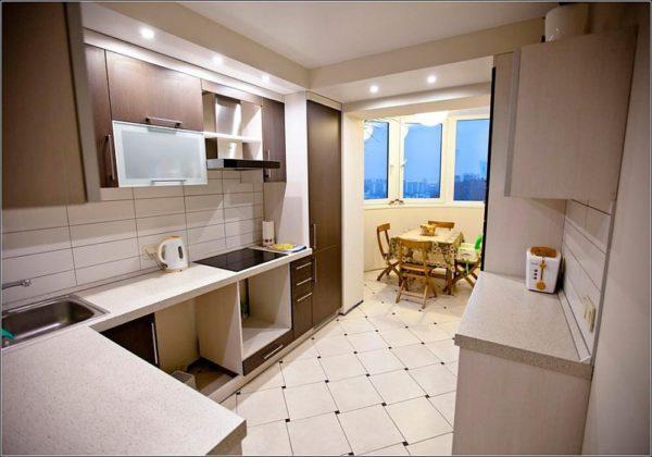 Дизайн 9 метровой кухни с балконом