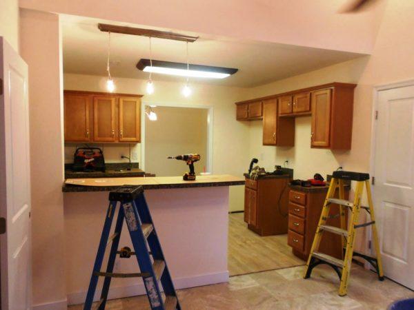 Любой ремонт начинается с освобождения помещения