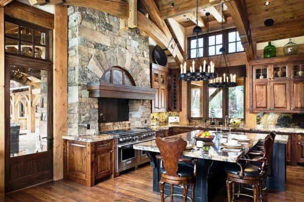 Кухня шале приемлет, как оригинальную, так и изысканную мебель, сделанную на заказ.