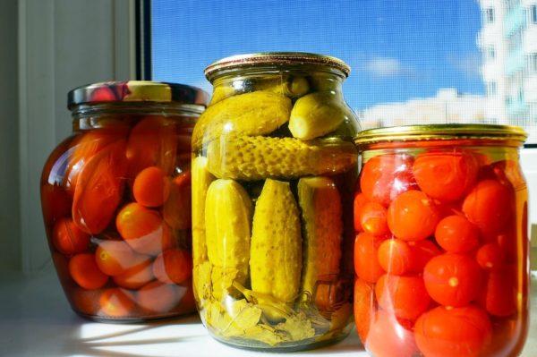 Как хранить консервированные продукты