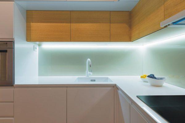 Использование светодиодной ленты на кухне