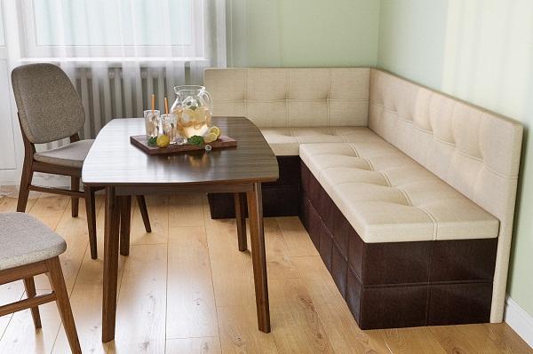 столы и стулья для кухонного уголка фото