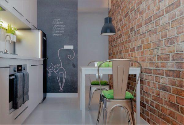 оформление стен в маленькой кухне