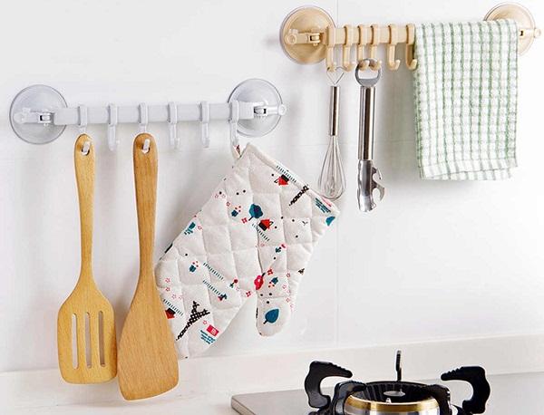 Рейлинги на присосках в кухне