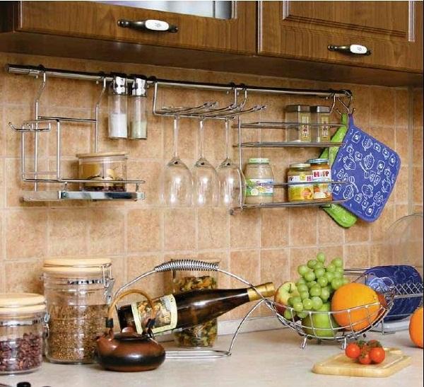 Как разместит рейлинги на своей кухне