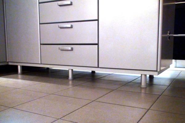 Как правильно выбрать ножки для кухонного гарнитура