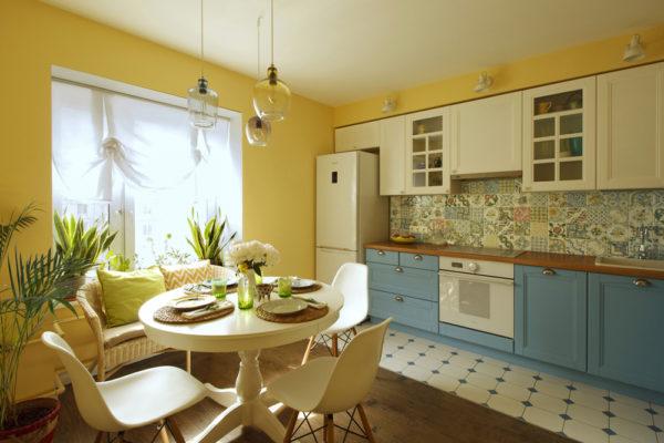 В какой цвет оформить стены на кухне