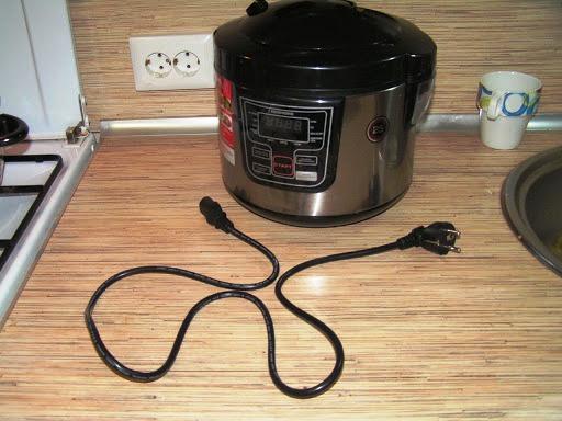 Шнур питания с выключателем мыльтиварка