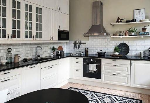 Современный дизайн белой кухни