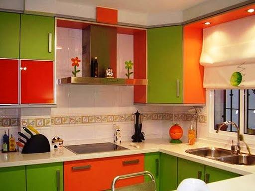 Сочетания ярких цветов на кухне