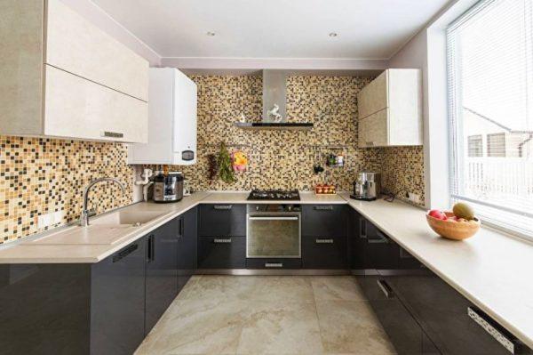 Современный кухонный гарнитур можно заказать по индивидуальному проекту