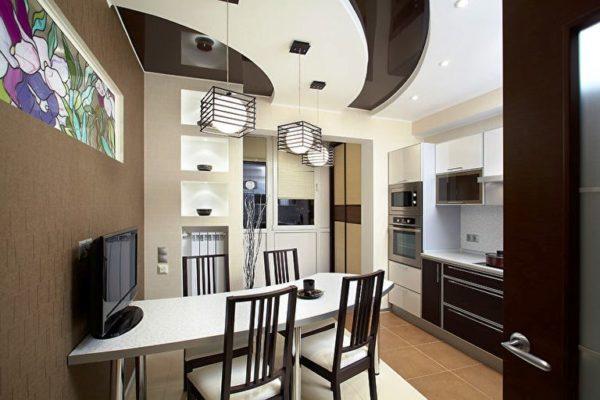 Дизайнерский натяжной потолок на кухне