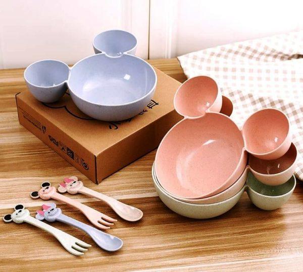 Набор детской посуды из безопасного пластика