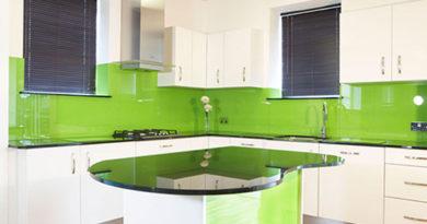 лакобелевое стекло на кухне