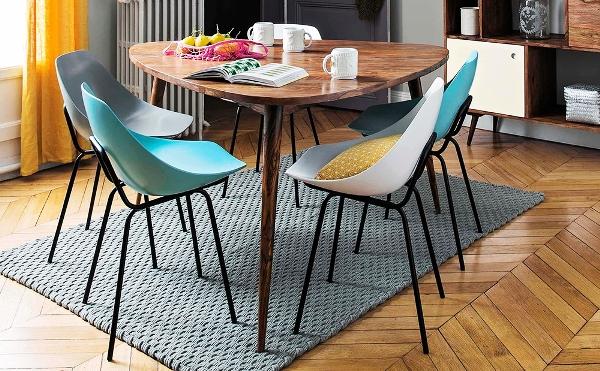 треугольный кухонный стол для маленькой кухни