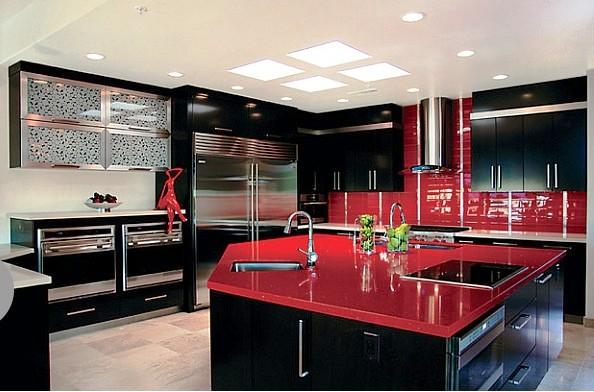 Кухня в хай-тек стиле