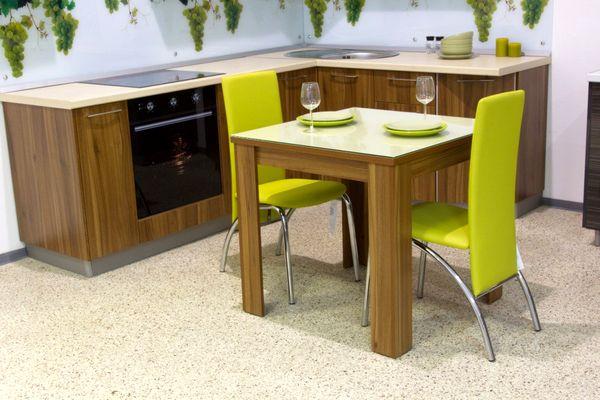 Стол из ламинированного ДСП для кухни